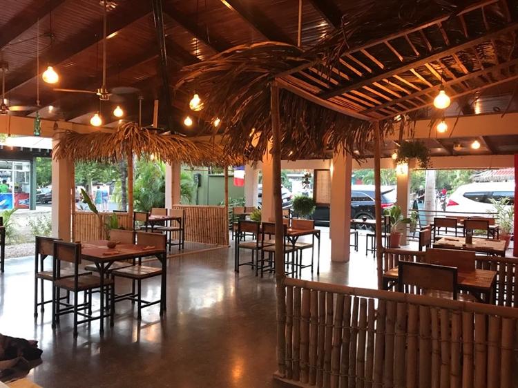 beautiful restaurant playa samara - 4