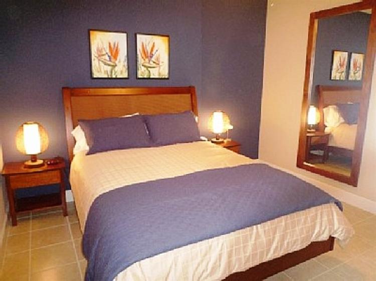 lifestyle 2 bedroom condo - 5
