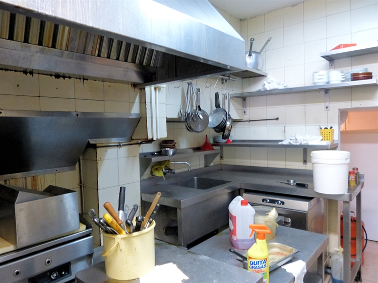 freehold bar bistro investment - 6