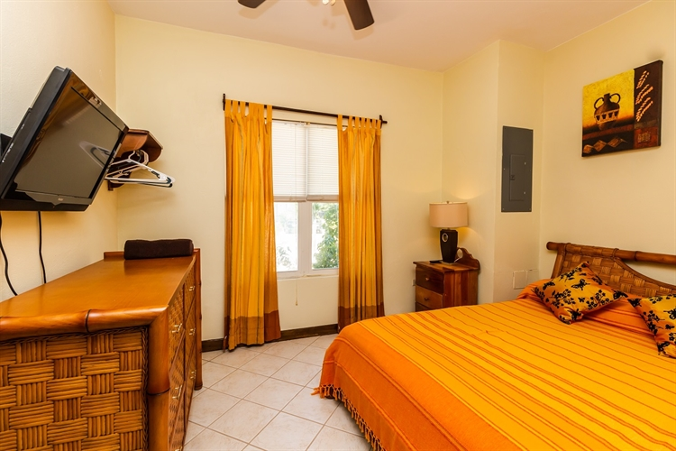 rental home four bedroom - 12