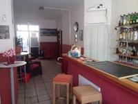 cosy bar pub busy - 3