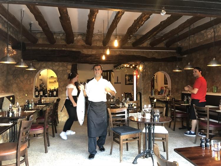 charming little restaurant ibiza - 4