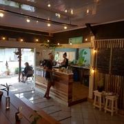 established profitable breakfast café - 3