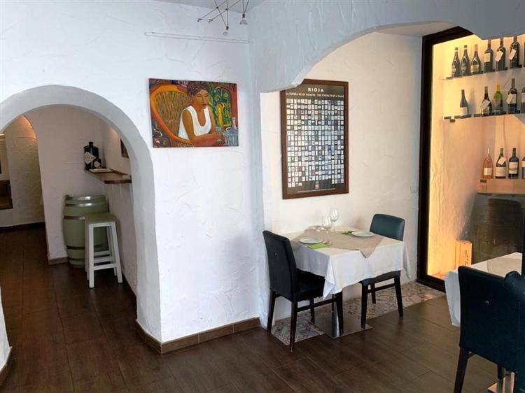 bargain priced central fuengirola - 13