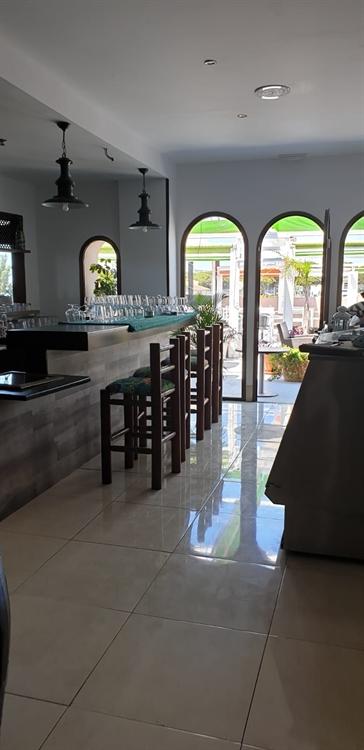 superb freehold rental bar - 8