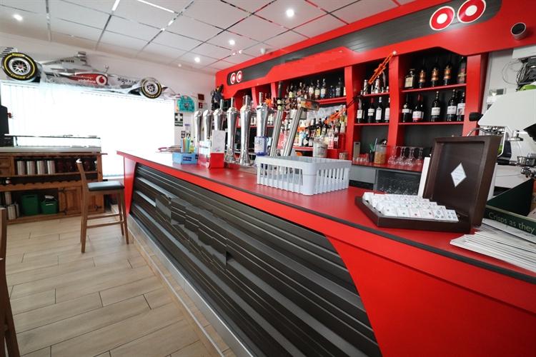 sports bar restaurant algorfa - 5