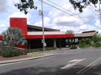 commercial building plaza futura - 1